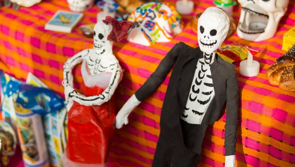 differences between halloween and day of the dead